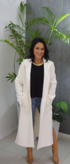 CONNIE MATTHEWS The Stylish Director Manning Cartell Coat