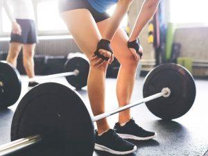 novice-lifting-weights